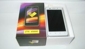 ZTE v880e фото белый корпус