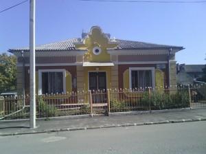 Фото здания посредством ZTE v880e