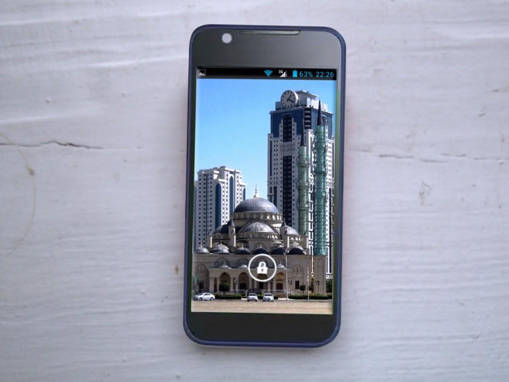 Смартфон ZTE V956 (Blade E) фото